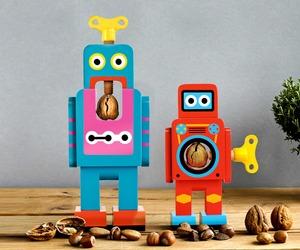 Robot Nut Crackers