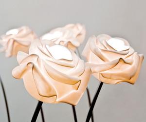 Rose blossom lamp by Lasvit