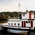 A Rotten Life: Stewart Brand lives on a tugboat