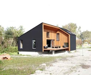 Rubber House Made from Sustainable Materials