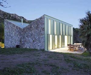 Refuge Cottage of Rustic Stone by Juan Herreros Arquitectos