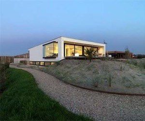 S House by Grosfeld Van der Velde Architecten
