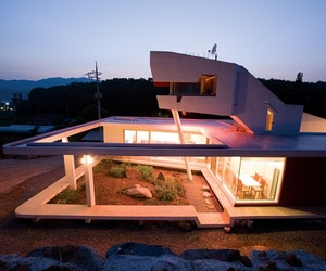 S Mahal Korean Residence by Moon Hoon