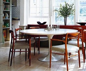 Saarinen 54-Inch Round Dining Table