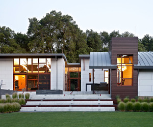 Saratoga Creek House by WA Design