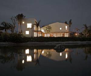 SC PTV House by Luis Aldrete