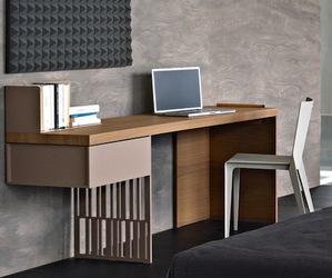 Scriba Desk by Patricia Urquiola