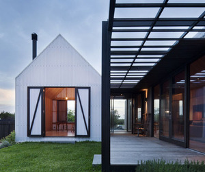 Seaview House by Jackson Clements Burrows Architects