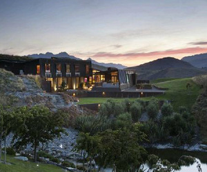 Secluded Luxury Home in Queenstown, New Zealand