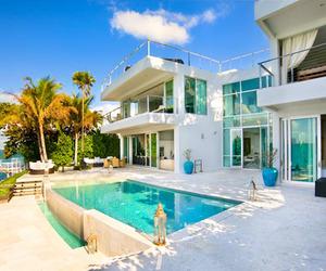 Seductive beach villa on the coast