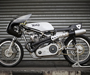 Seeley Norton Commando 750