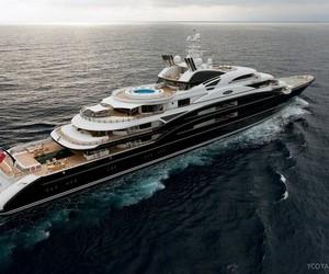 Serene Luxury Yacht for Charter