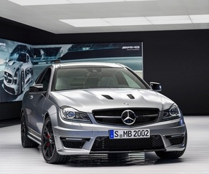 Share it Mercedes-Benz C63 AMG Edition 507