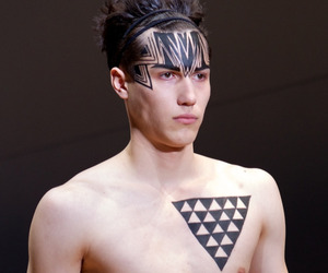 Sharpie Markers On The Catwalk At Fashion Week