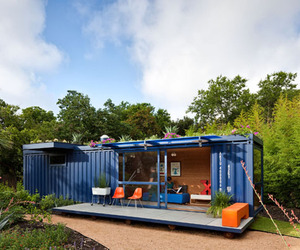 Shipping Container Guest House by Poteet Architects