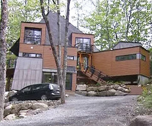 Shipping Container Home by Maison Idekit Home
