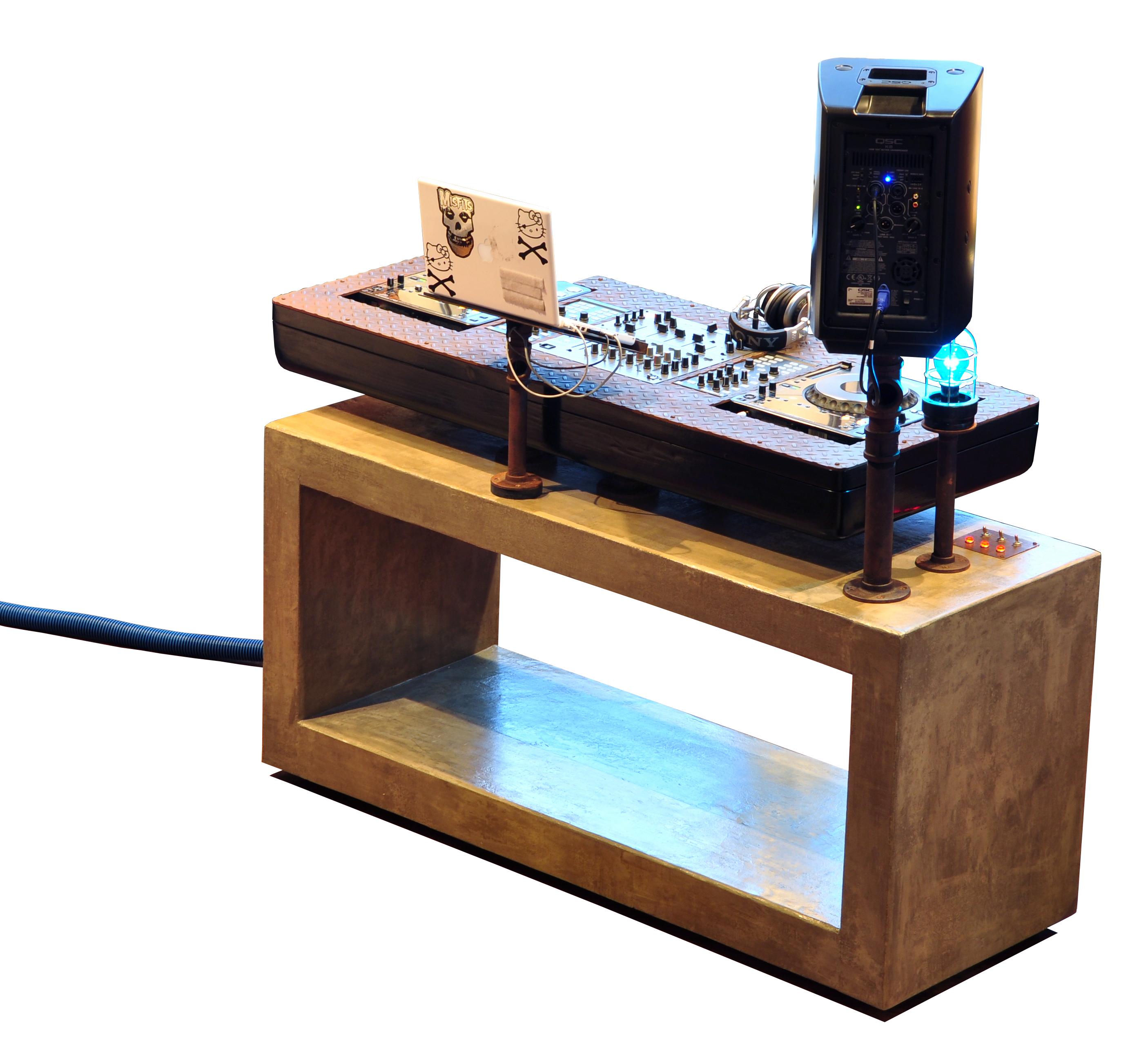 Shoddy Lynn Custom Dj Console By Trevor O Neil