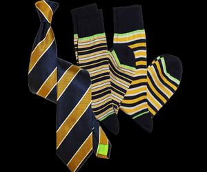SIGNATURE CLASSIC NAVY & GOLD STRIPE TIE AND SOCKS