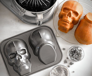 Skull Shaped Aluminum Cake Pan