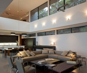 Skyline House in Austin by Dick Clark Architecture