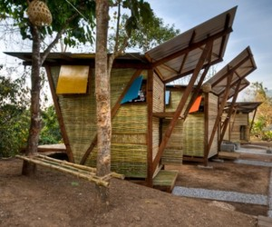 Small Prefab Design with Wood in Thailand