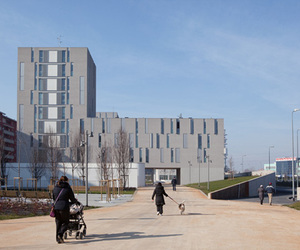 Social Housing, Public Space, and Park by MAB Arquitectura