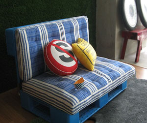 Sofa palet by Rahmi from Indonesia