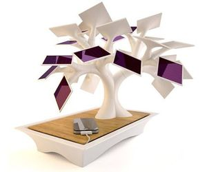 Solar Tree by Vivien Muller