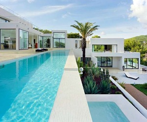 Spanish-modern dream home in Ibiza