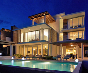 Spectacular and dramatic villa in Anguilla