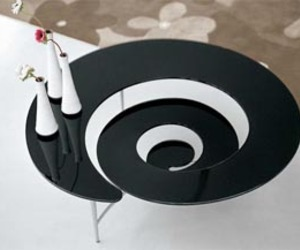 Spiral Coffe Table From Glass