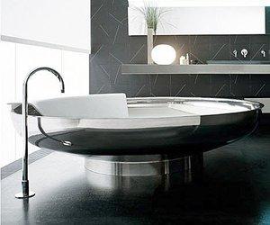 Stainless Steel Bathtub by Agape
