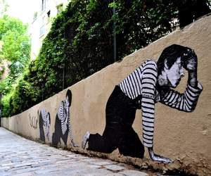 Street Art in Paris by Levalet