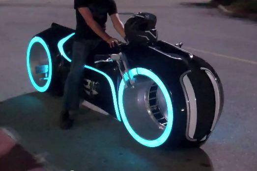 Street Legal Tron Lightcycle