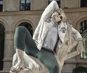 Street Stone | Alexis Persani + Leo Caillard