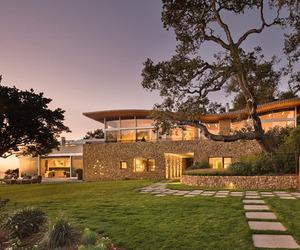 Coastlands House in Big Sur by Carver + Schicketanz