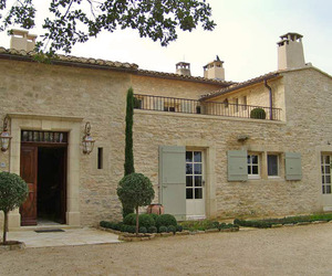 Stunning farmhouse retreat in Provence: Domaine Laurentine