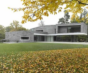 Stylish and Modern House Design With Rough Stone Facade