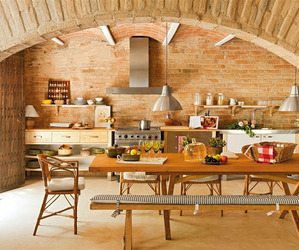 Stylish old farmhouse in Spain