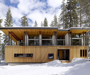 Sugar Bowl Mountain Cabin by John Maniscalco Architecture