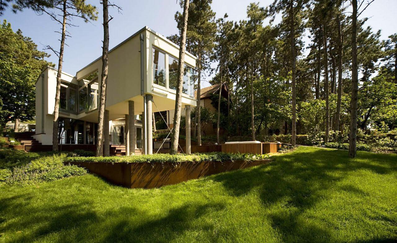 Summer House On Pillars By Munkacsoport Net