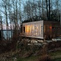 Sunset Cabin in Canada by Taylor Smyth Architects