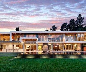 Sunset Plaza Residence by Belzberg Architects