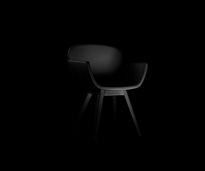 Suri Chair by Pedro Gomes