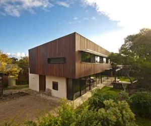 Sustainable Building Design of Point Lonsdale Beach House