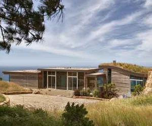 Sustainable Design of Dani Ridge House