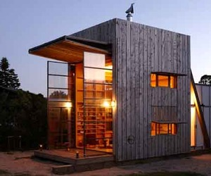Sustainable Design of Whanapoua House