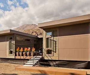 Sustainable Prefab C6 Home by LivingHomes