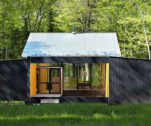 Sustainable Prefab Design of Week'nder House by Lazor Office