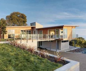 Sustainable Tiburon Bay House by Butler Armsden Architects